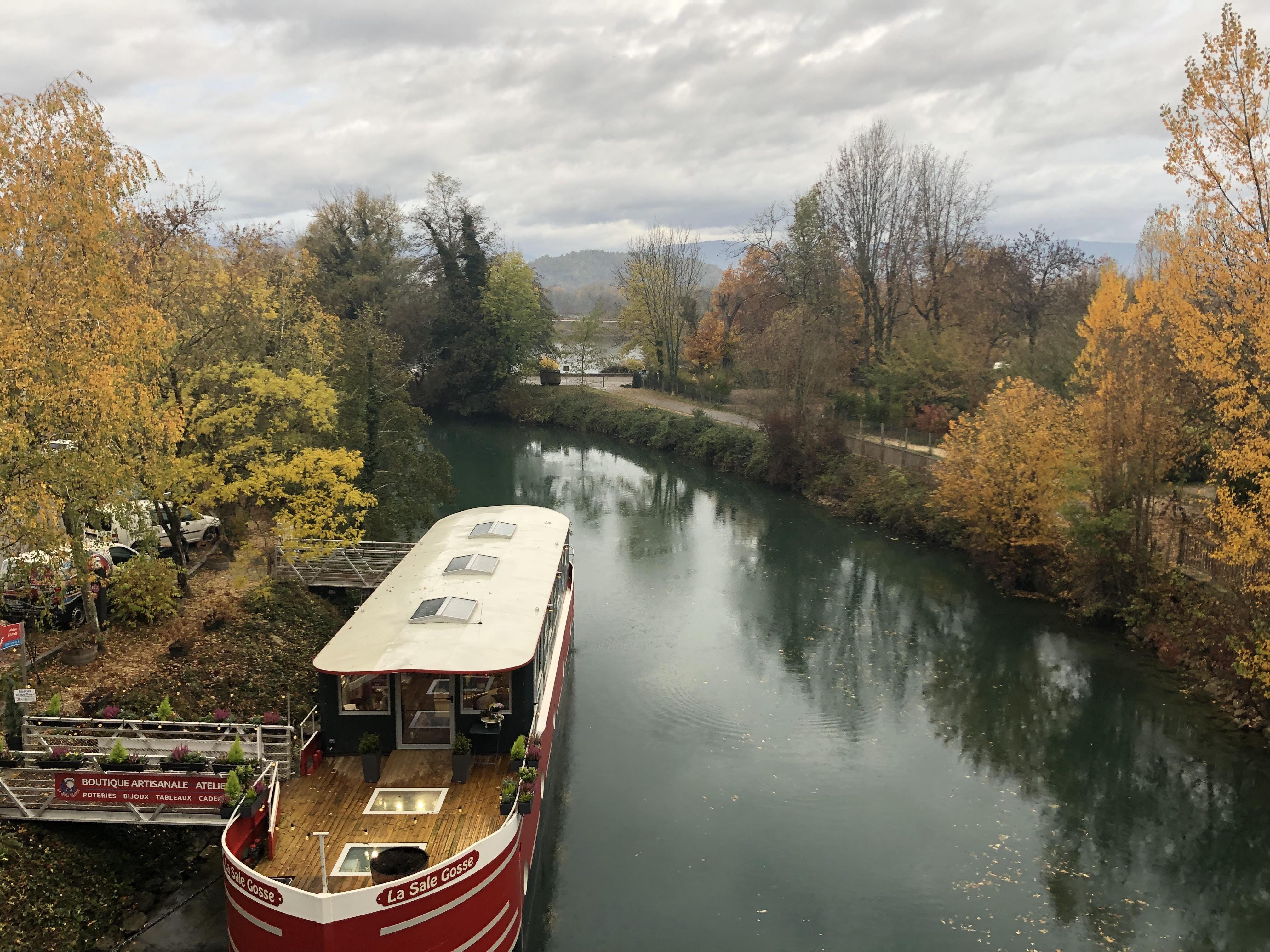 Canal de Chanaz (avec le bateau que nous avons pris)